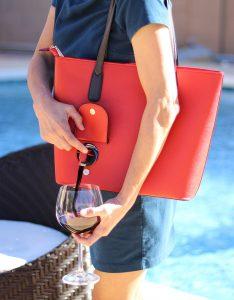 Bellavita Bags' Portovino wine purse