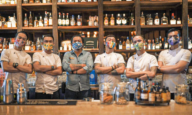 COCKTAIL CRITTERS DONATES 5,000 MASKS TO SUPPORT HOSPITALITY INDUSTRY